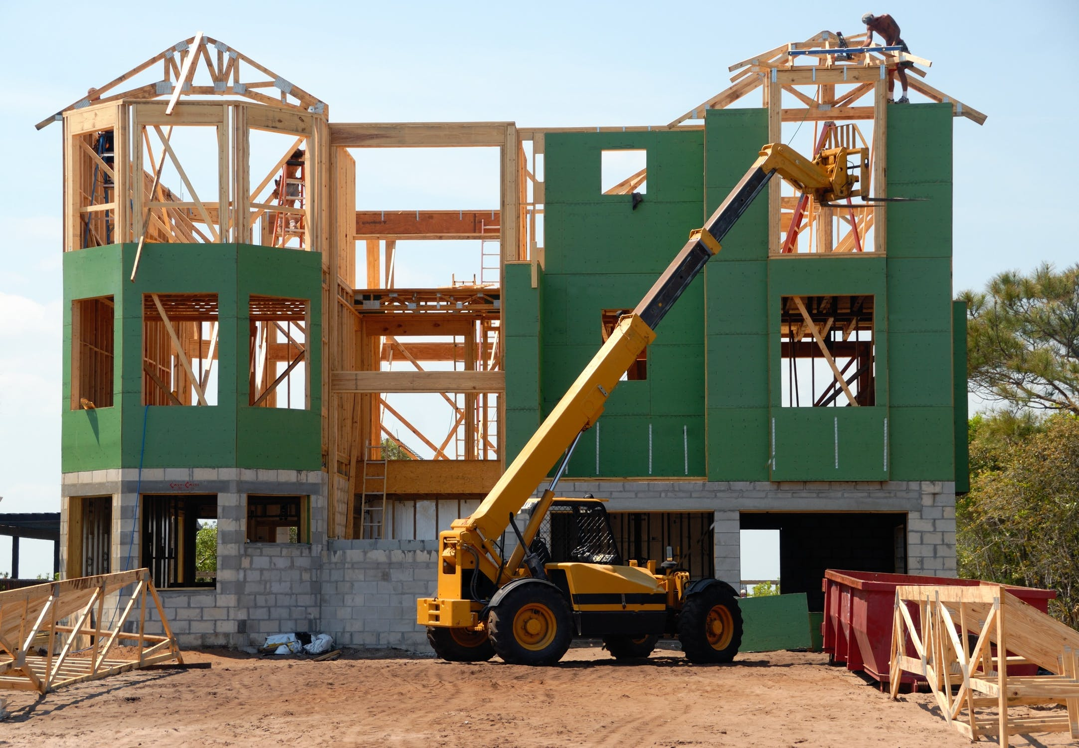 What Are The Requirements For a Construction Loan? [By An Expert Lender]